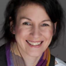 Andrea Mayer