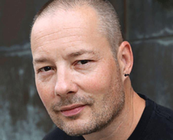 Porträt des Autors Tom Hillenbrand