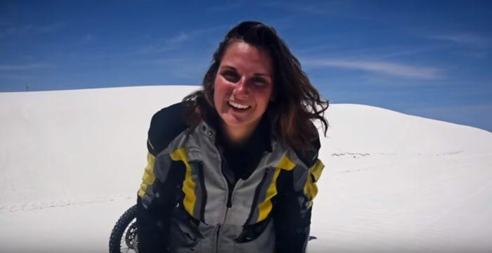 Screenshot aus einem Video von Autorin Lea Rieck über ihr Buch Sag dem Abenteuer ich komme