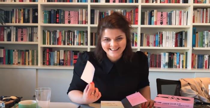 Screenshot aus einem Video von Sophie Passmann über ihr Buch Alte weiße Männer und sich