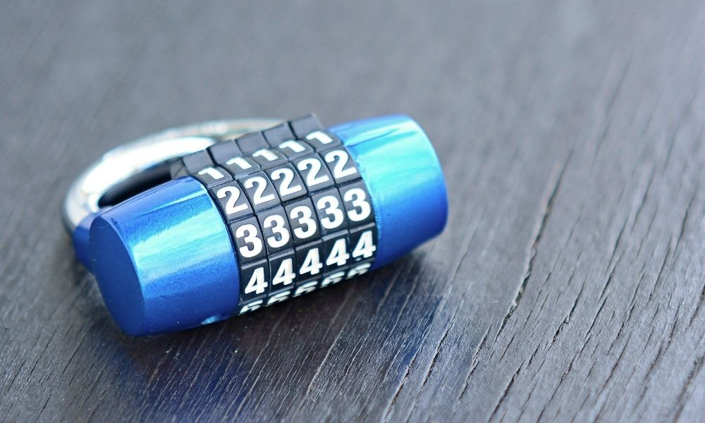 How to pick combination lock