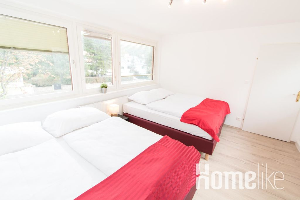 image 2 furnished 3 bedroom Apartment for rent in Hietzing, Vienna