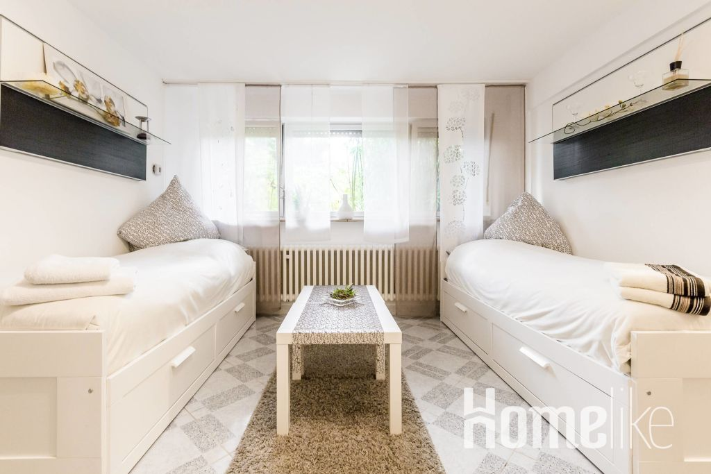 image 1 furnished 1 bedroom Apartment for rent in Neuss, Rhein-Kreis Neuss