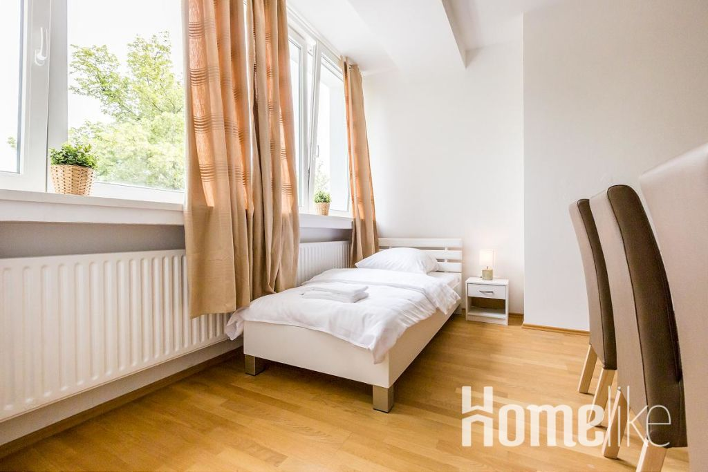 image 2 furnished 3 bedroom Apartment for rent in Langenfeld, Mettmann