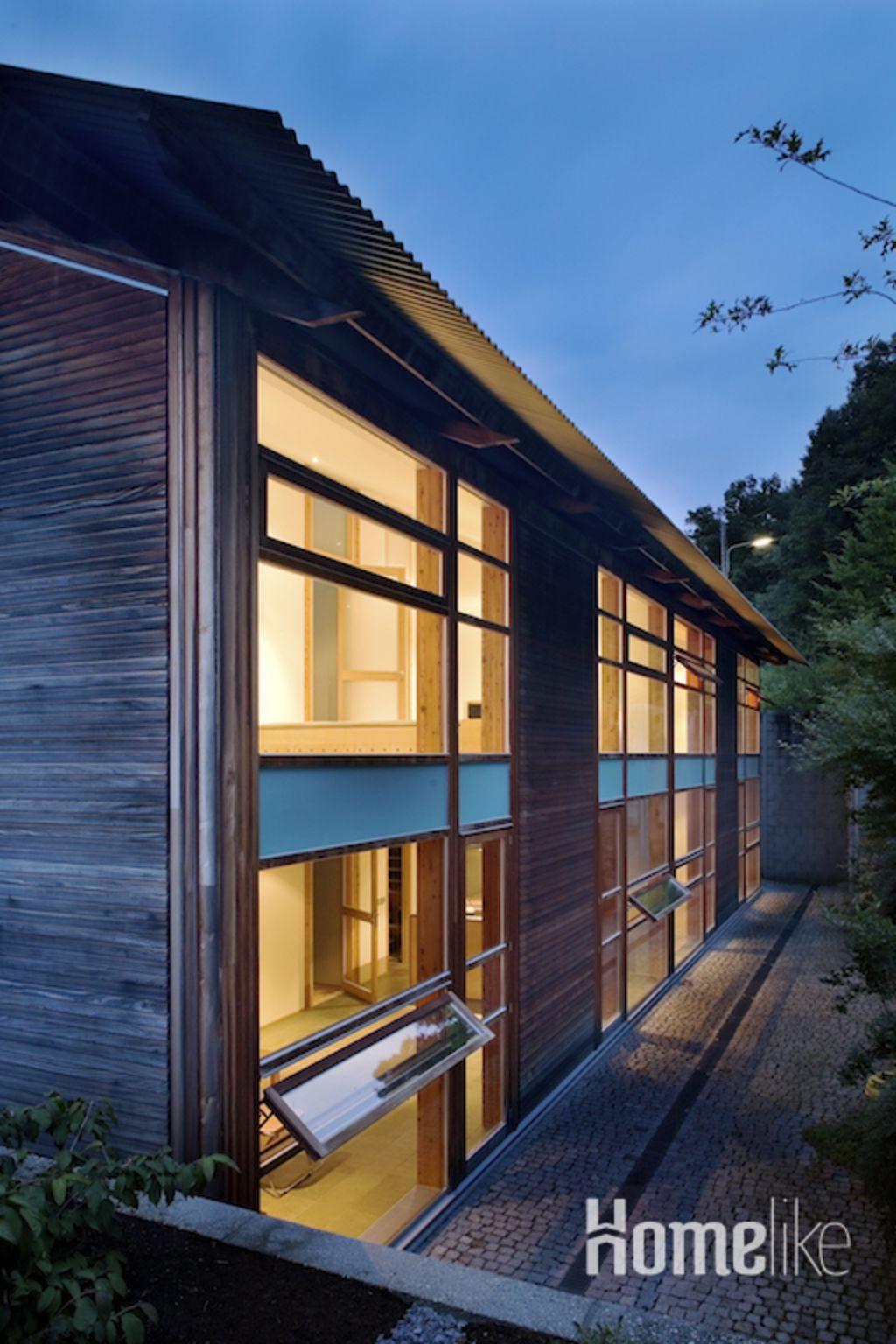 image 1 furnished 3 bedroom Apartment for rent in Esslingen, Baden-Wurttemberg