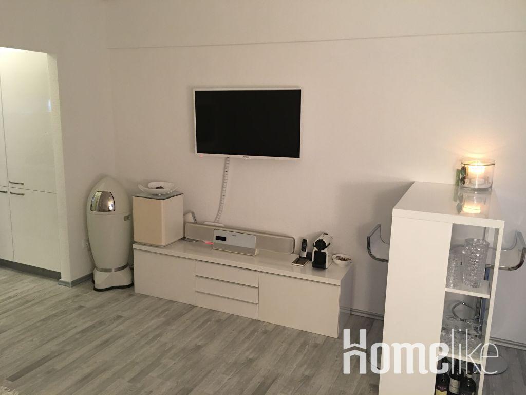 image 7 furnished 1 bedroom Apartment for rent in Friedrichstadt, Dusseldorf
