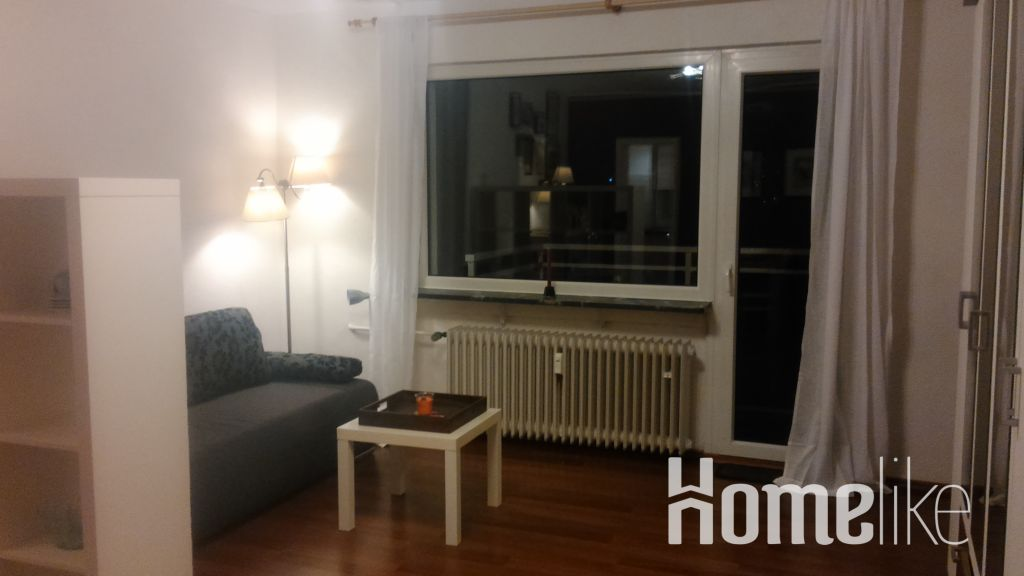 image 2 furnished 1 bedroom Apartment for rent in Frankfurter Berg, Frankfurt