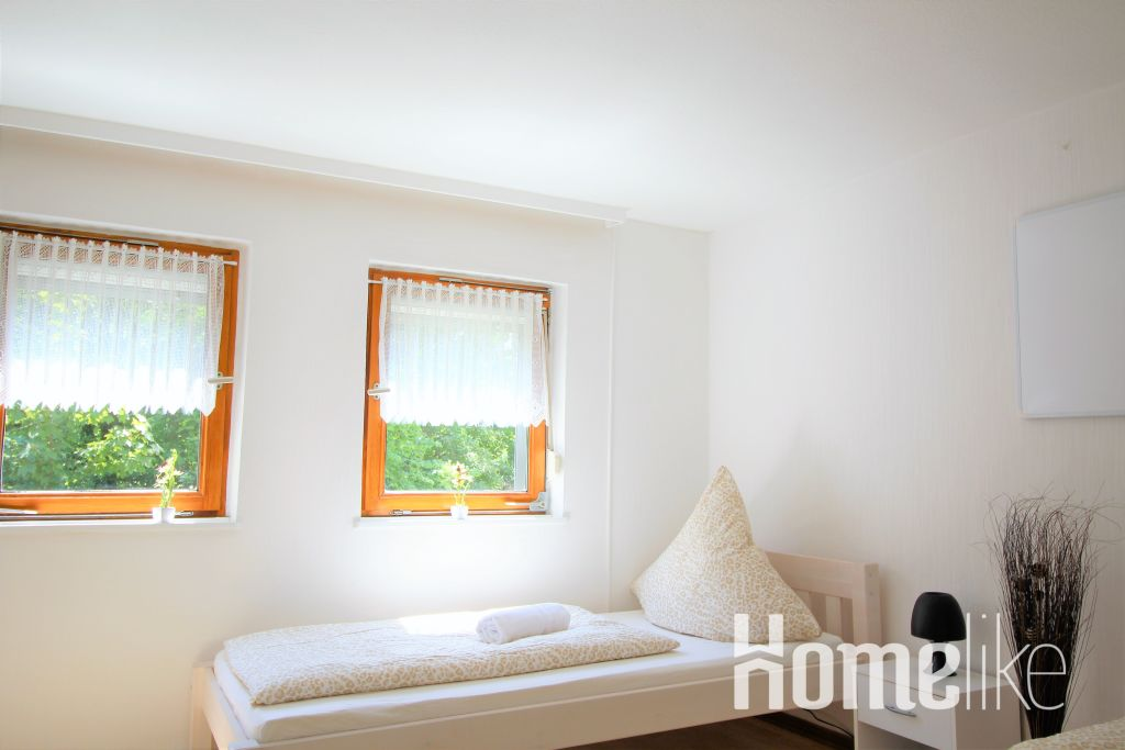 image 1 furnished 3 bedroom Apartment for rent in Zulpich, Euskirchen