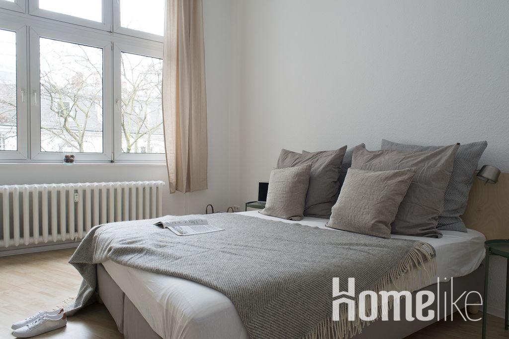 image 1 furnished 3 bedroom Apartment for rent in Schoneberg, Tempelhof-Schoneberg