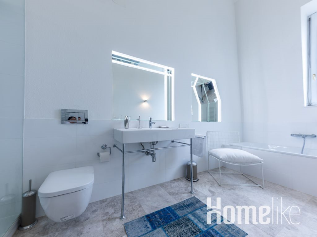 image 10 furnished 3 bedroom Apartment for rent in Innere Stadt, Vienna