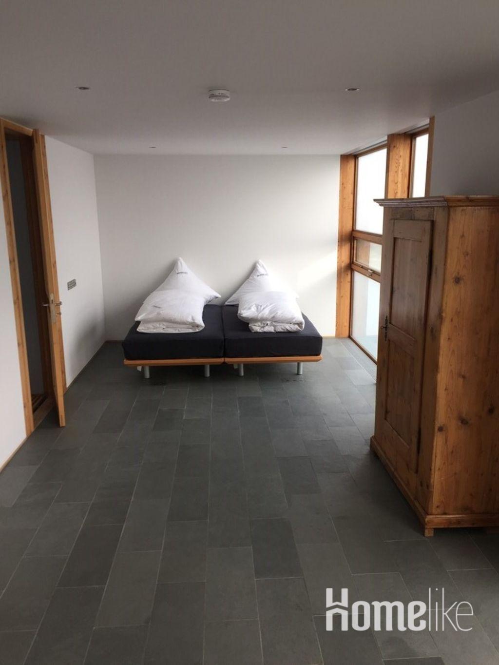 image 6 furnished 3 bedroom Apartment for rent in Esslingen, Baden-Wurttemberg