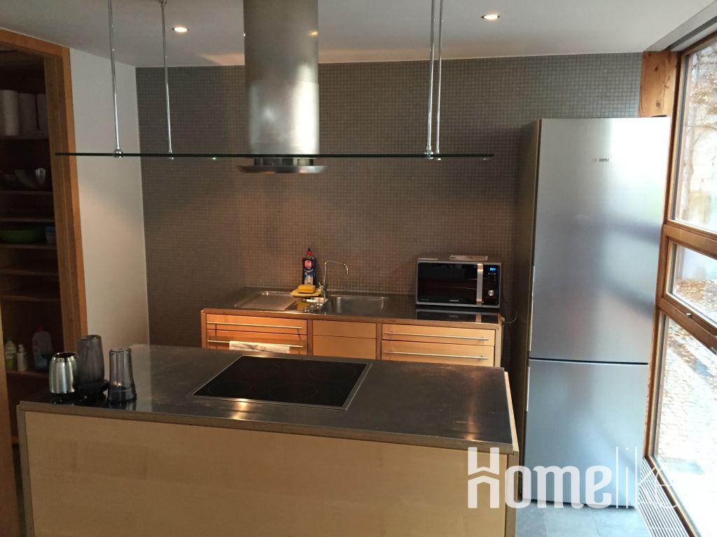 image 2 furnished 3 bedroom Apartment for rent in Esslingen, Baden-Wurttemberg