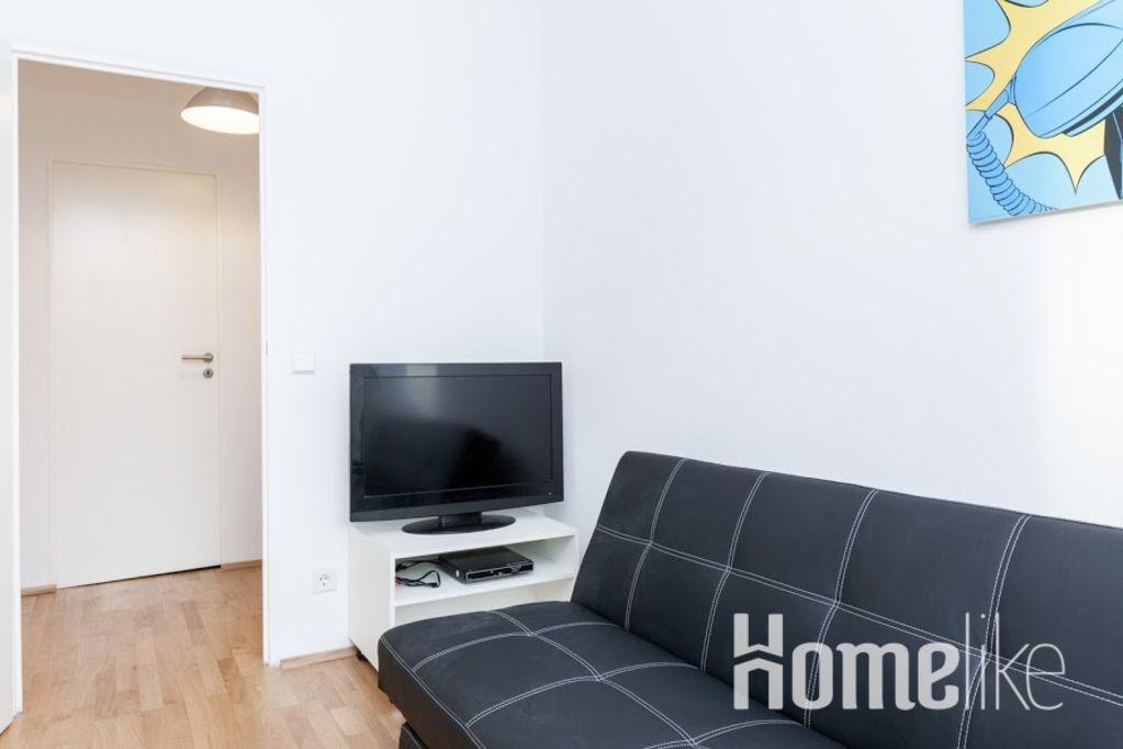 image 7 furnished 3 bedroom Apartment for rent in Friedrichshain, Friedrichshain-Kreuzberg