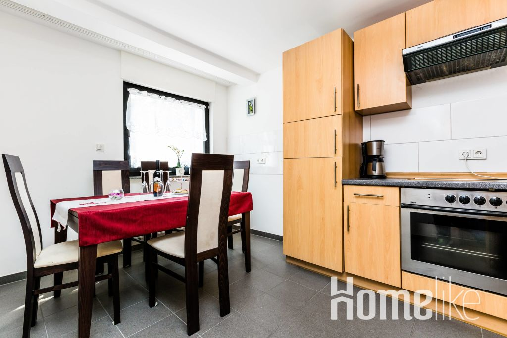 image 3 furnished 4 bedroom Apartment for rent in Cologne, Cologne