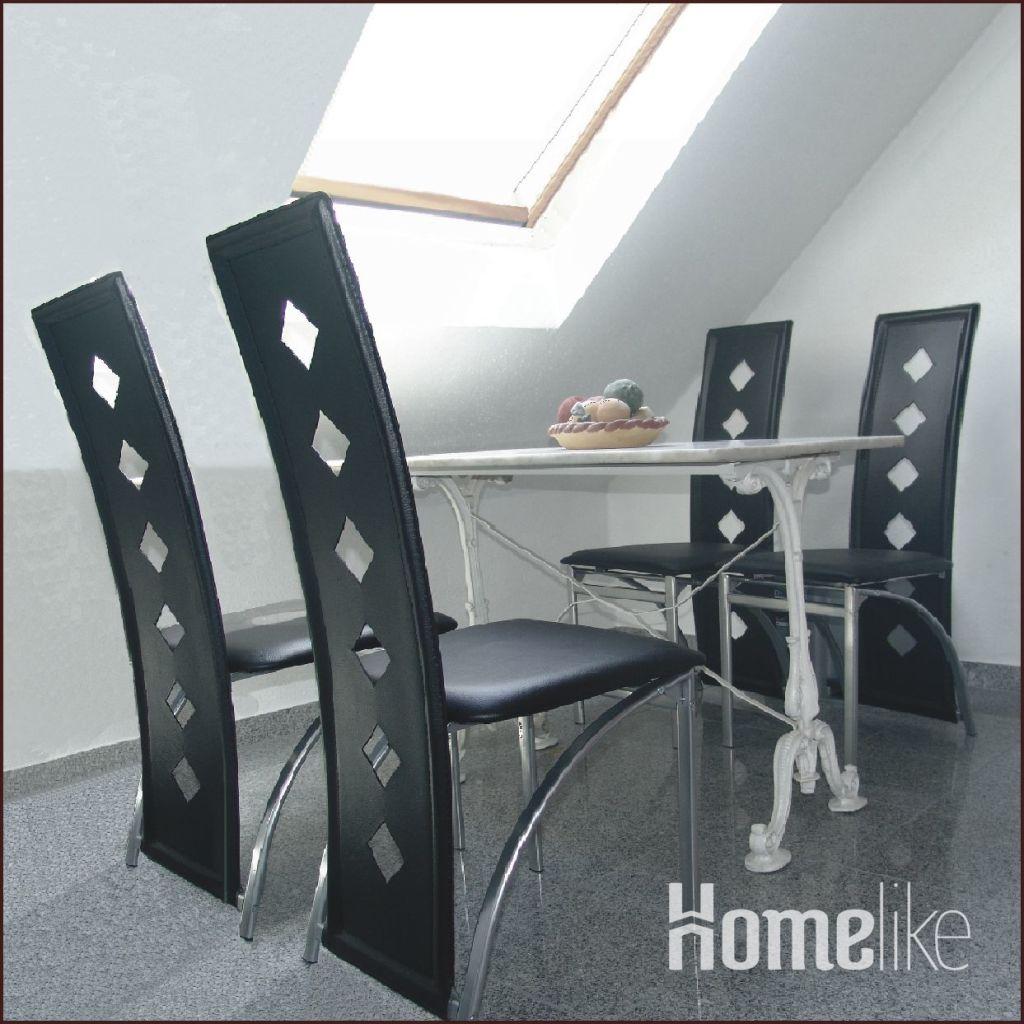 image 2 furnished 2 bedroom Apartment for rent in Frankfurter Berg, Frankfurt