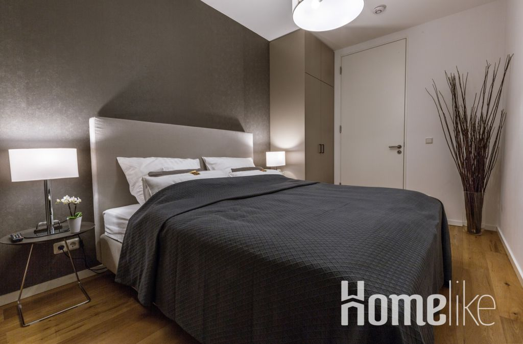 image 7 furnished 4 bedroom Apartment for rent in City Center, Dusseldorf