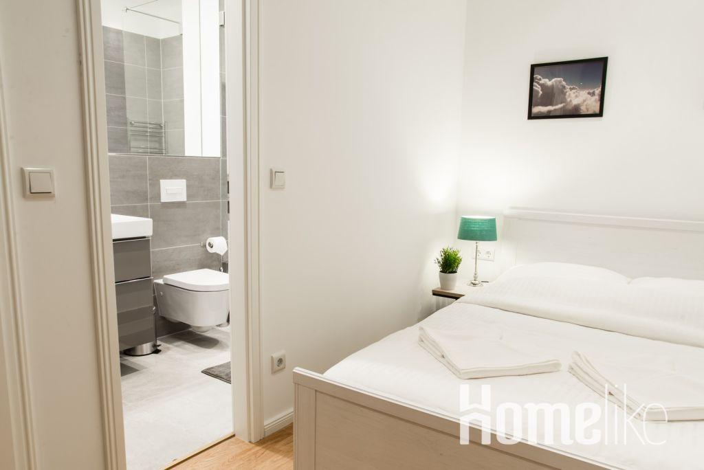 image 6 furnished 1 bedroom Apartment for rent in Tiergarten, Mitte