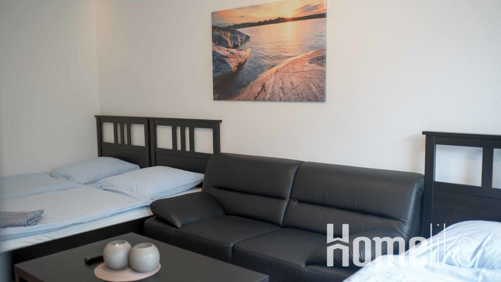 image 2 furnished 3 bedroom Apartment for rent in Hassels, Dusseldorf