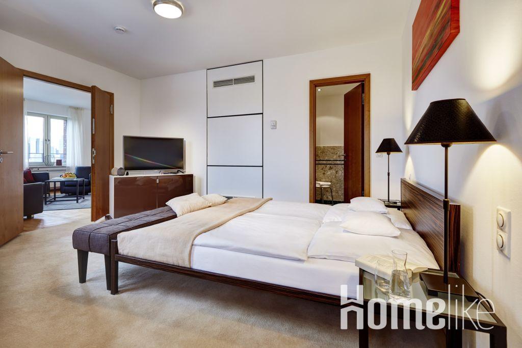 image 2 furnished 1 bedroom Apartment for rent in Sachsenhausen-Nord, Frankfurt
