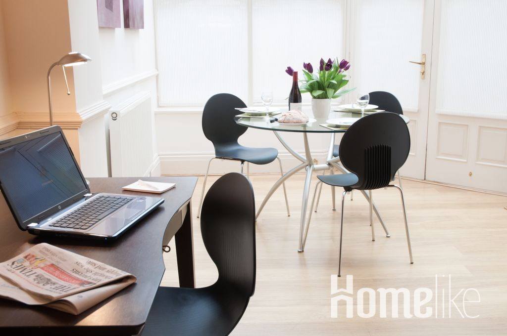 image 7 furnished 1 bedroom Apartment for rent in Kew, Richmond upon Thames