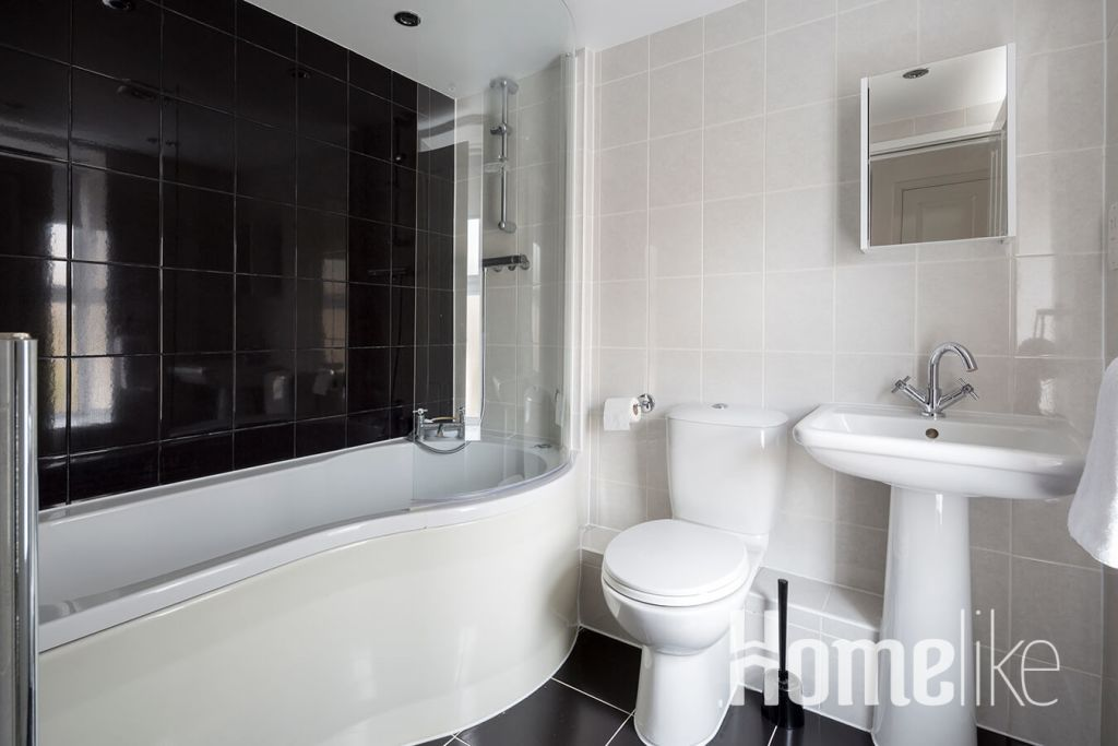 image 6 furnished 3 bedroom Apartment for rent in Maidstone, Kent