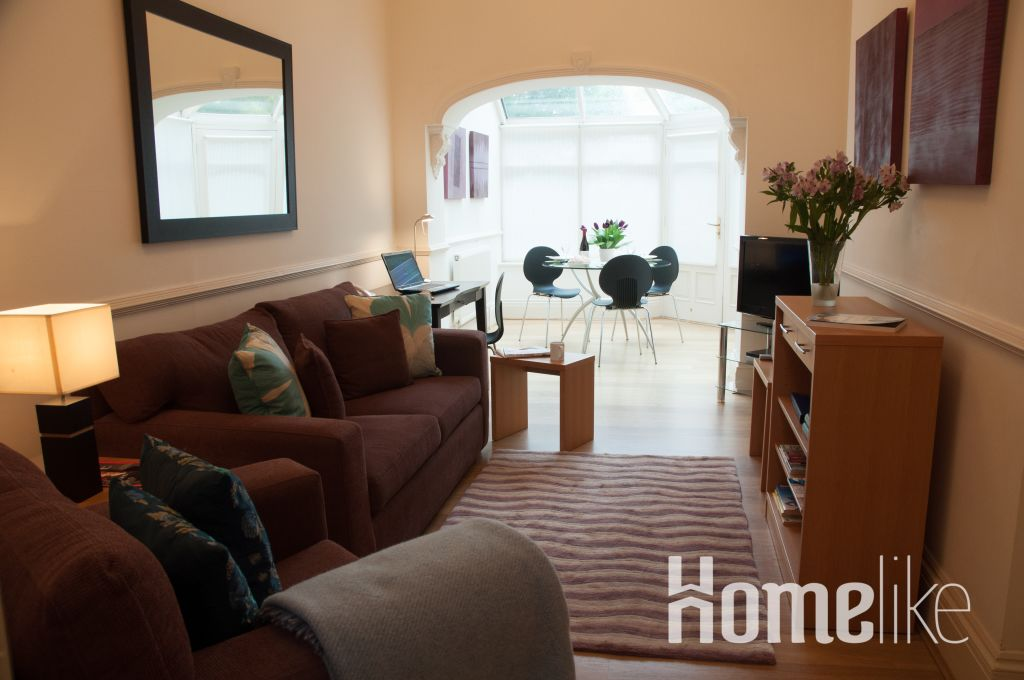 image 9 furnished 1 bedroom Apartment for rent in Kew, Richmond upon Thames