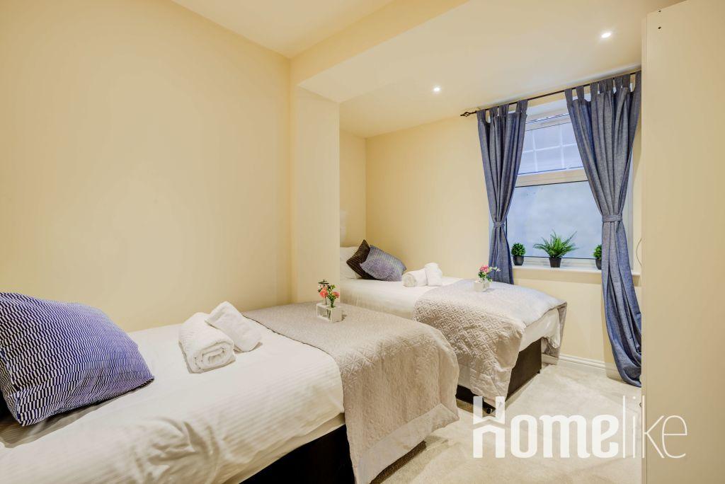 image 10 furnished 3 bedroom Apartment for rent in Brentford, Hounslow