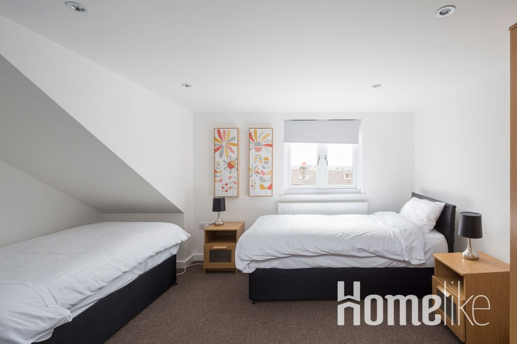 image 5 furnished 3 bedroom Apartment for rent in Maidstone, Kent