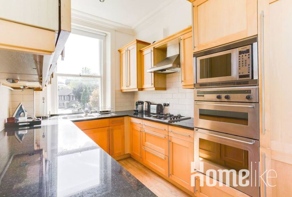 image 8 furnished 2 bedroom Apartment for rent in Wimbledon, Merton