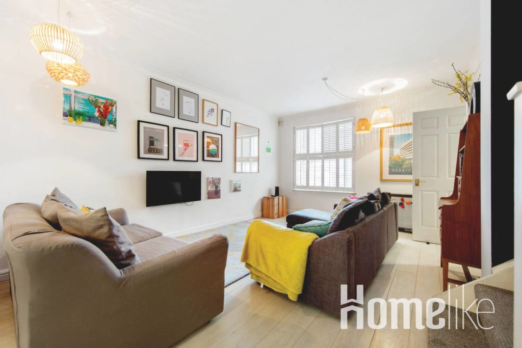 image 4 furnished 3 bedroom Apartment for rent in Kings Cross, Camden