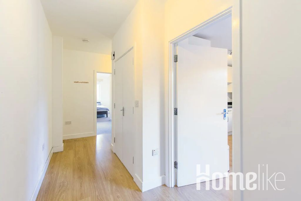 image 4 furnished 2 bedroom Apartment for rent in Bromley by Bow, Tower Hamlets
