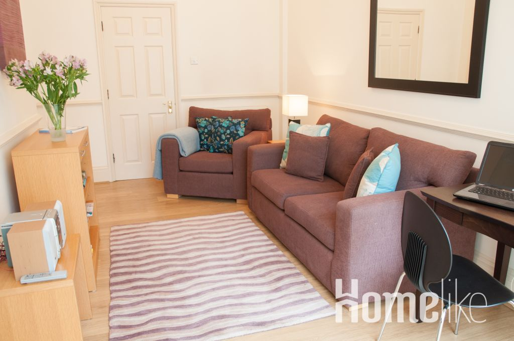 image 2 furnished 1 bedroom Apartment for rent in Kew, Richmond upon Thames