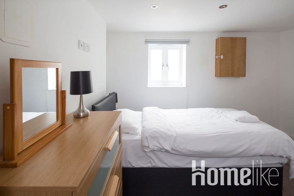 image 3 furnished 3 bedroom Apartment for rent in Maidstone, Kent