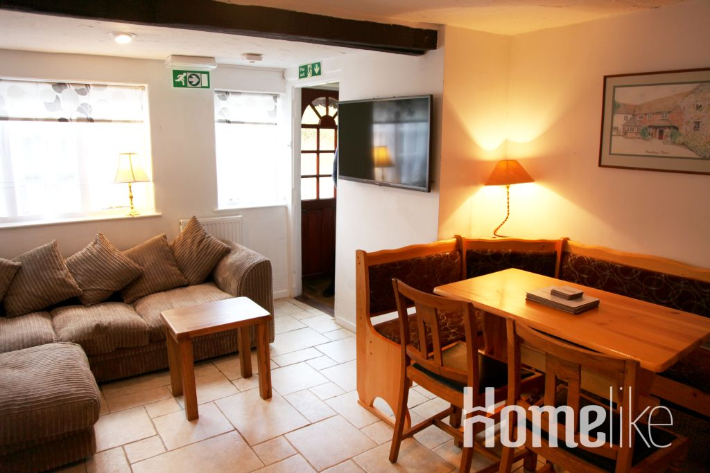 image 1 furnished 3 bedroom Apartment for rent in Windsor and Maidenhead, Berkshire