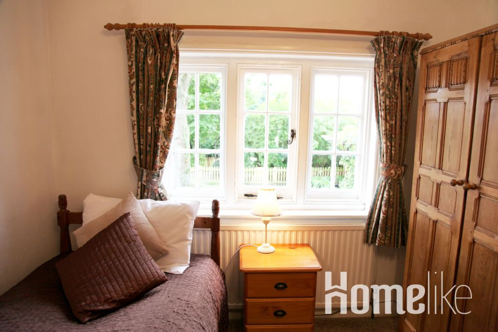 image 4 furnished 3 bedroom Apartment for rent in Windsor and Maidenhead, Berkshire