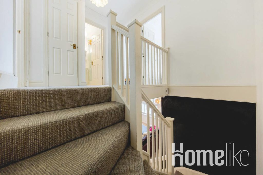 image 10 furnished 3 bedroom Apartment for rent in Kings Cross, Camden