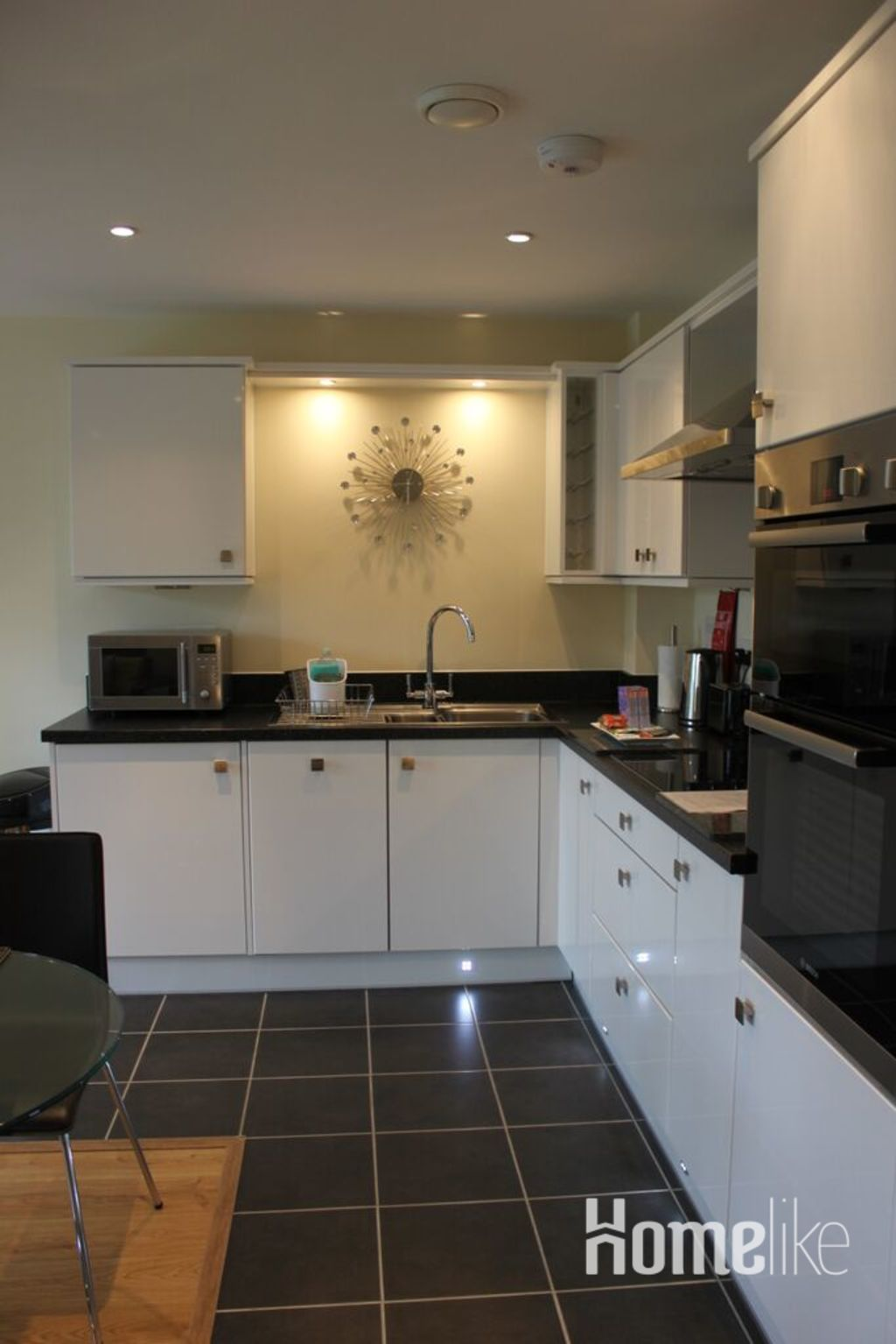 image 3 furnished 2 bedroom Apartment for rent in Rushmoor, Hampshire