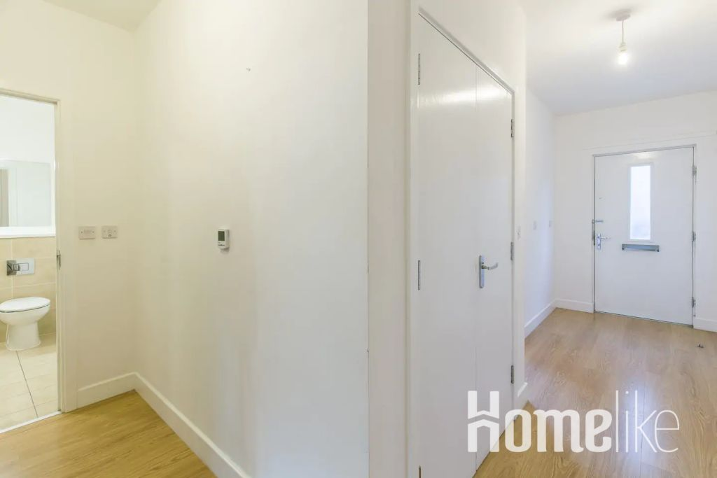 image 9 furnished 2 bedroom Apartment for rent in Bromley by Bow, Tower Hamlets