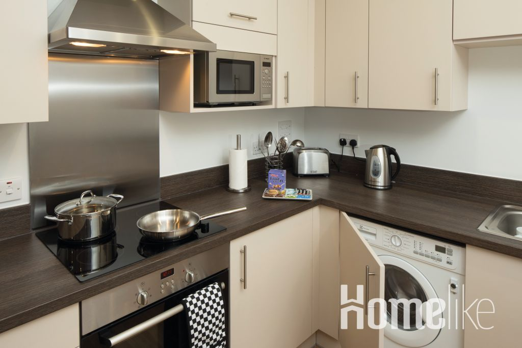 image 7 furnished 2 bedroom Apartment for rent in South Wimbledon, Merton