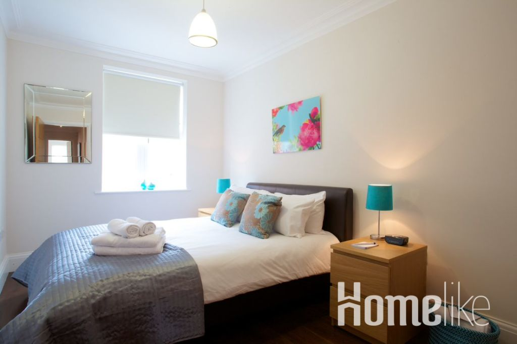 image 7 furnished 2 bedroom Apartment for rent in Ealing, Ealing
