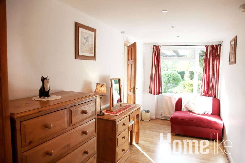 image 3 furnished 2 bedroom Apartment for rent in Windsor and Maidenhead, Berkshire