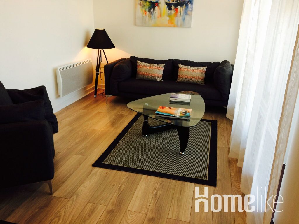 image 3 furnished 1 bedroom Apartment for rent in Woking, Surrey