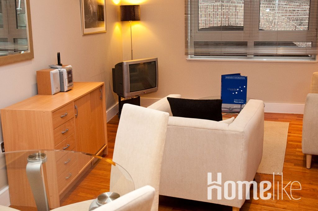 image 1 furnished 2 bedroom Apartment for rent in Tower, City of London