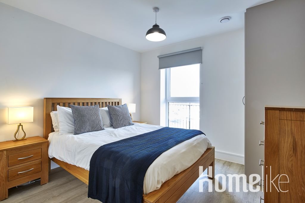 image 1 furnished 2 bedroom Apartment for rent in Southampton, Hampshire