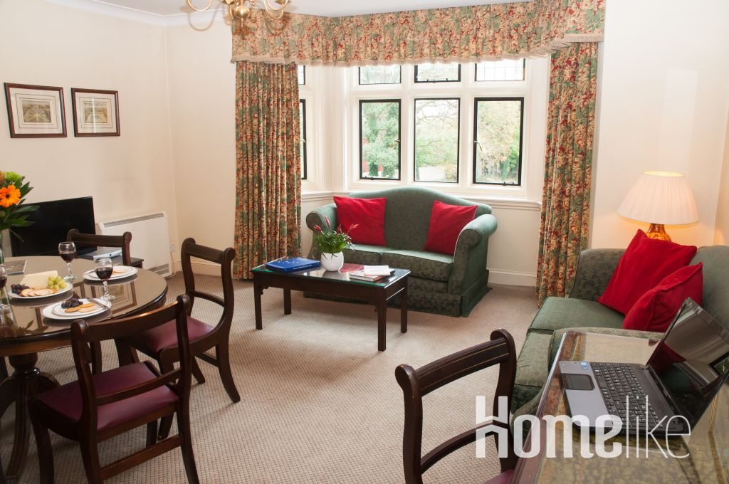 image 10 furnished 2 bedroom Apartment for rent in Windsor and Maidenhead, Berkshire