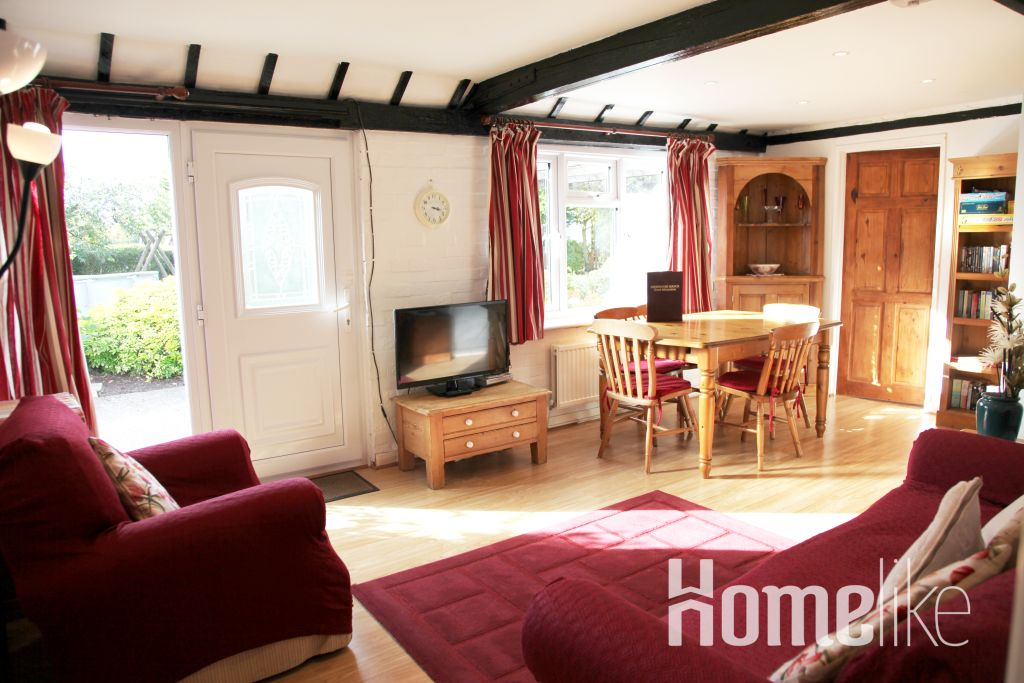 image 1 furnished 2 bedroom Apartment for rent in Windsor and Maidenhead, Berkshire