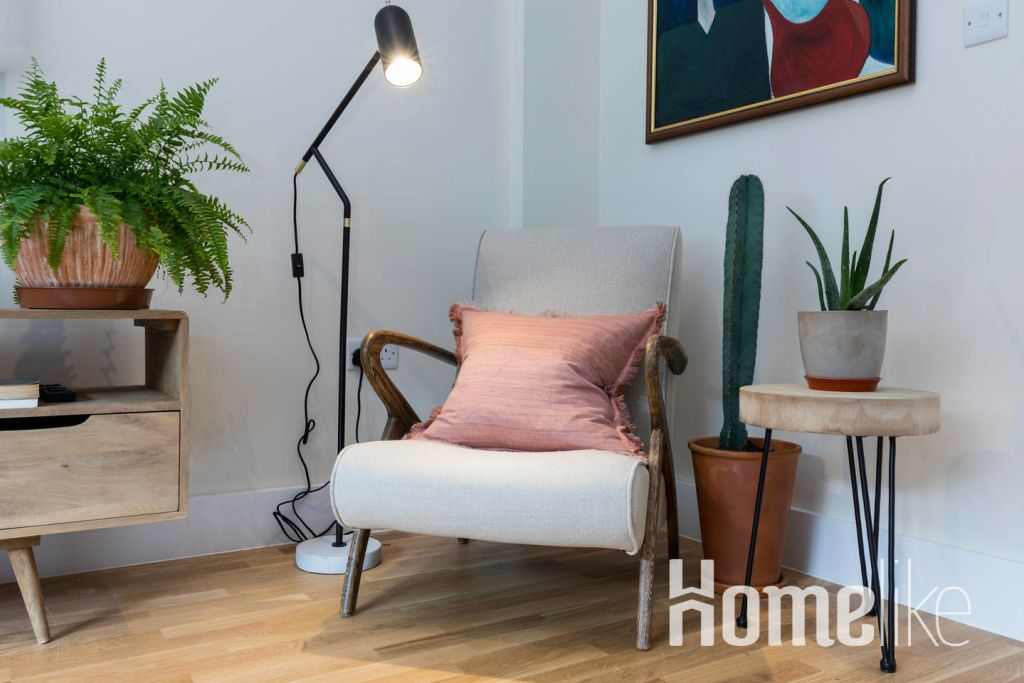image 9 furnished 3 bedroom Apartment for rent in Belgravia, City of Westminster