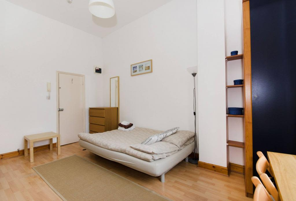 image 6 furnished 1 bedroom Apartment for rent in Kensington, Kensington Chelsea