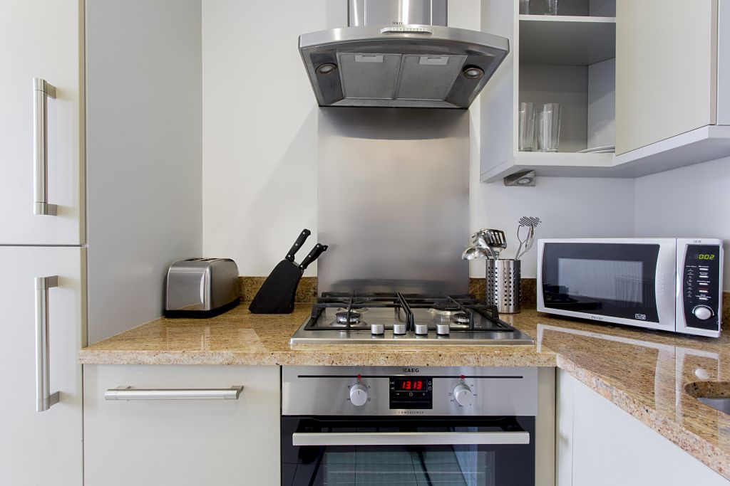 image 3 furnished 1 bedroom Apartment for rent in Limehouse, Tower Hamlets