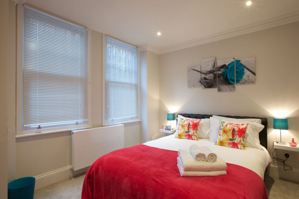 image 10 furnished 1 bedroom Apartment for rent in North End, Bexley